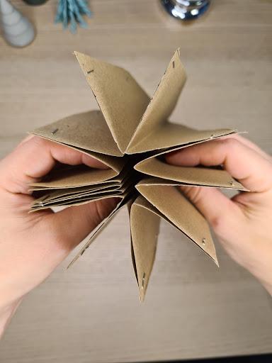 2020 11 29 20 - Weihnachtsdeko aus Papier